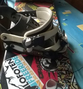 Сноуборд Volvo + Крепления+ Ботинки Lamar детский