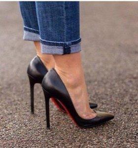 Туфли новые Копия Лабутен
