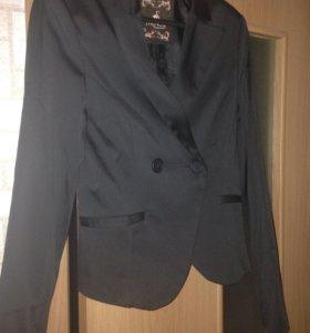 Пиджак стрейч  новый