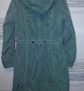 Плащ-пальто демисезонное .Размер 44-46