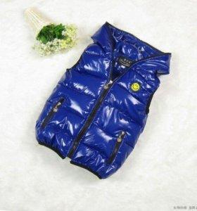 Детская синяя стёганная жилетка
