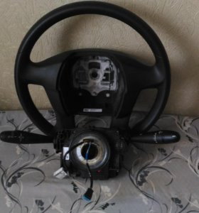 Под рулевая колонка и Руль от Citroen C4