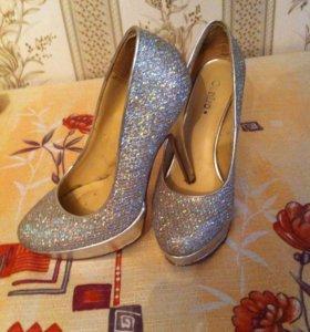 Туфли 36-37 размер