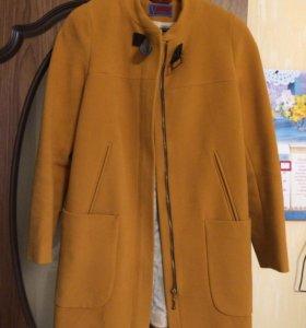 Пальто демисезонное размер 44