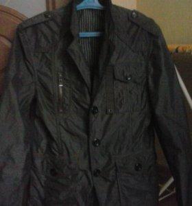 Куртка-пиджак 46р новая.