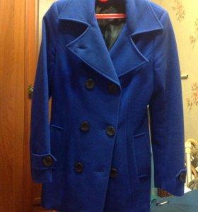 Пальто синее на весну