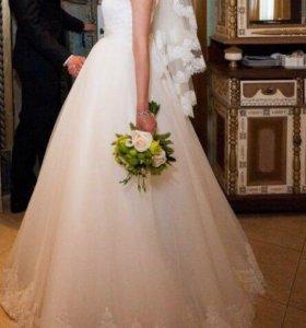 Прокат свадебного платья,фата,туфли