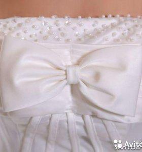 Свадебное платье и новое.