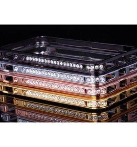 Металлический бампер со стразами для iPhone 4s