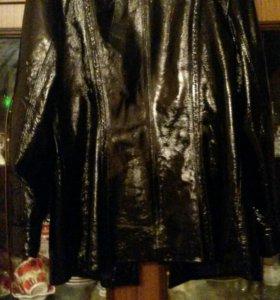 Куртка женская кож.лаковая.
