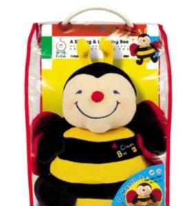 Новая игрушка - пчела музыкальная
