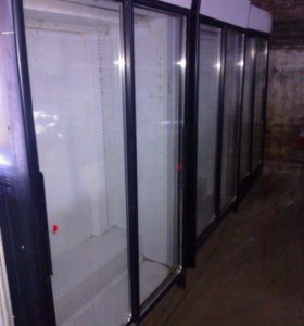 Новые и б,у холодильные витрины HELKAMA