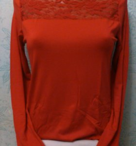 Новая блуза из трикотажа. Размер 48.