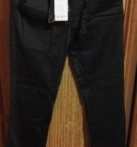 Новые брюки 44 размер