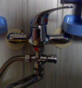 Водопровод замена счетчиков , кранов