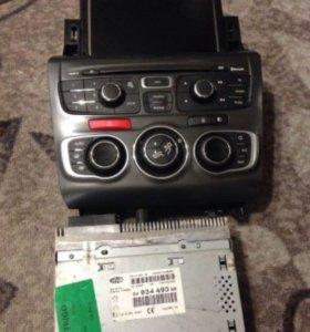 Продам магнитолу,GPS навигатор от Ситроен С4