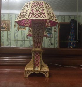 Лампа настольная декоративная
