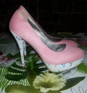 Туфли новые 39р
