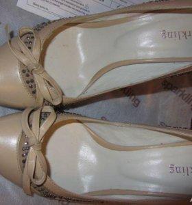 Туфли 38р кожаные жен Sparkling