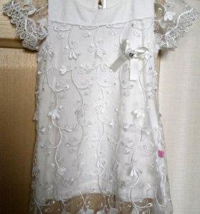 Платье нарядное на рост 100-104см.
