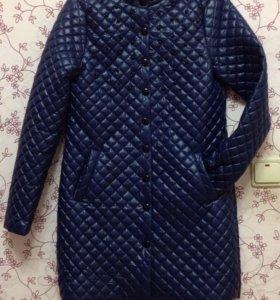 Пальто 42рр новое