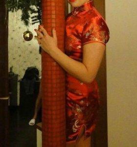 Платье в китайском стилн