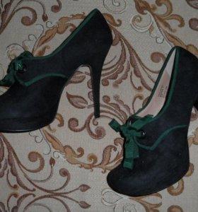 Туфли замшевые на шпильке
