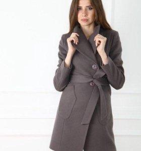Женское пальто, весна-осень