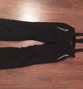Спортивный (горнолыжный)костюм