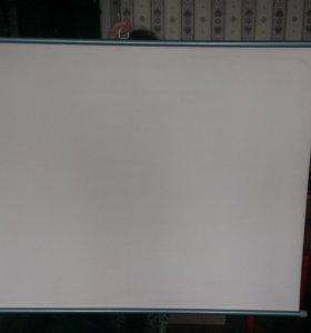 Настенный экран