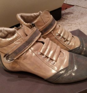 Кожаные ботиночки 38 размера