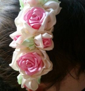 Ободок для волос, резинки и заколки