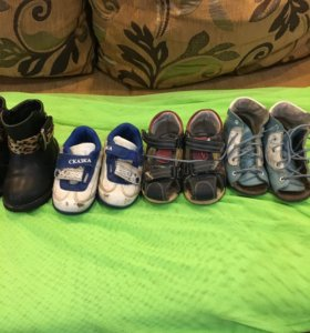 Детская обувь 4 пары ! 20 -23 размер