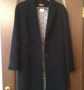 Стильное пальто новое