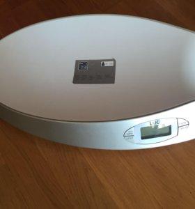 Весы новые laica