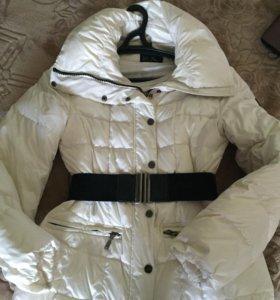 Демисезонная белая куртка Италия,размер М