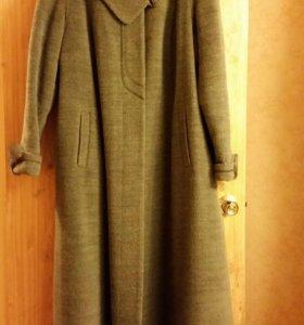 Пальто. 54 размер