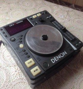 DJ . CD проигрыватель