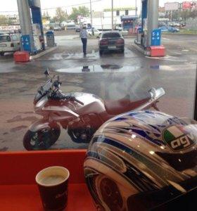 Мотоцикл Honda CB 400 SFV Bold'or