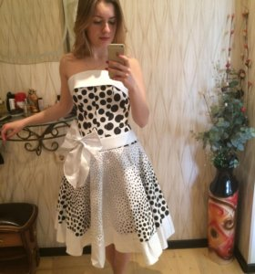 Платье белое корсет