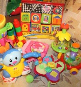 Детские игрушки .