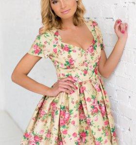 Очень нежное и красивое платье Ларне