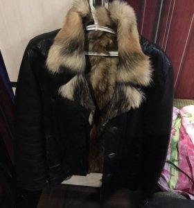 Куртка из натуральной кожи с волчьим мехом