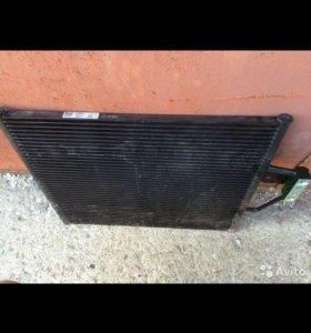 Радиатор кондиционера БМВ е39 ниссенс
