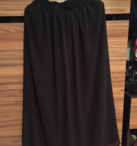 Лёгкая чёрная юбка