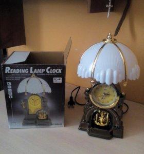 Настольный светильник-часы