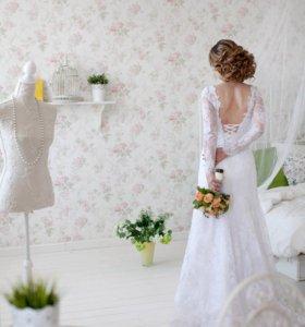Свадебное платье из итальянских кружев