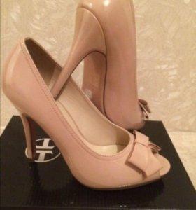 Туфли новые р 39
