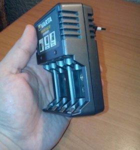 Зарядное устройство универсальное VARTA