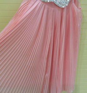 Платье  134 р-р